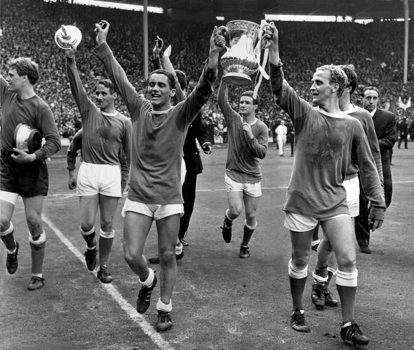 Everton players celebrate the 1966 FA Cup win