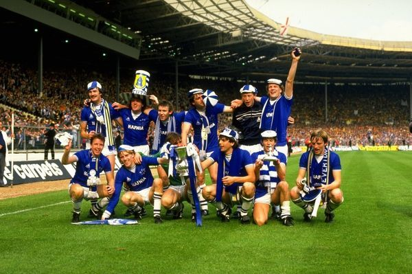 A group photograph of the Everton team with the trophy after their victory in the FA Cup final against Watford at Wembley Stadium in London. Everton won the match 2-0. Mandatory Credit: David Cannon/Allsport
