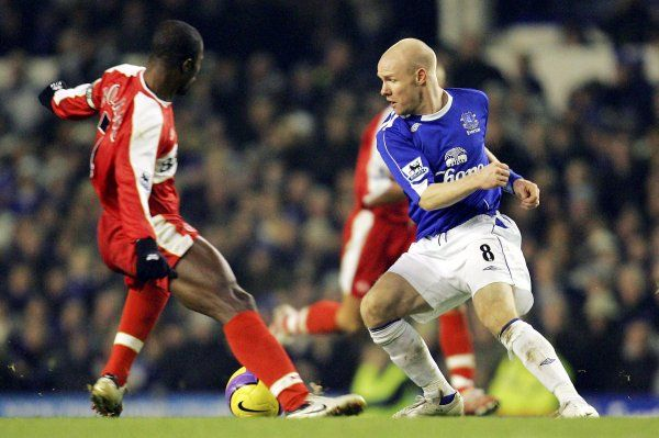 Everton v Middlesbrough Andrew Johnson in action with Middlesborough's George Boateng
