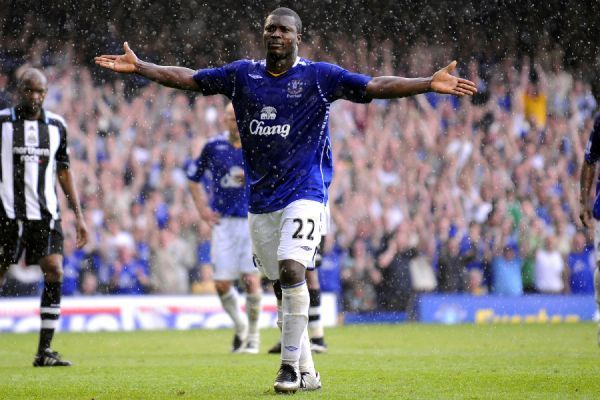 Football - Everton v Newcastle United Barclays Premier League - Goodison Park - 11/5/08 Everton's Yakubu celebrates scoring his sides third goal Mandatory Credit: Action Images / Keith Williams Livepic NO ONLINE/INTERNET USE WITHOUT A LICENCE