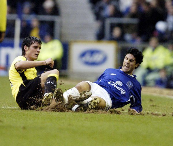 Mikel Arteta is fouled by Simon Jordan Mandatory Credit: Action Images / Paul Currie Livepic