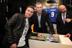 Duncan Ferguson Signing of 'Everton's Greatest Premier League XI' DVD