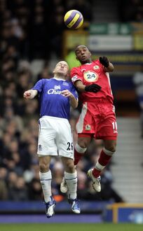 Everton v Blackburn Rovers Benni McCarthy and Lee Carsley in action