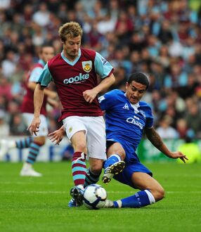 Soccer - Barclays Premier League - Burnley v Everton - Turf Moor