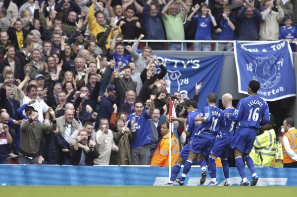 Arsenal v Everton - 06/07 - 28/10/06 Tim Cahill celebrates scoring the first goal for Everton with team mates