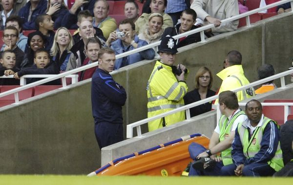 Arsenal v Everton Everton manager David Moyes is led away by police after being sent off by referee Mike Riley