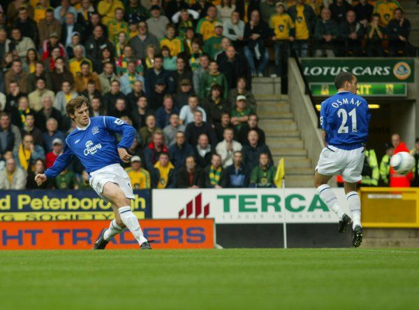 23 10 04 Job No 04102301 Barclays Premiership Norwich City V Everton Carrow Road Norwich Kevin Kilbane Goal     © Mooney Photo Limited and Everton Football Club