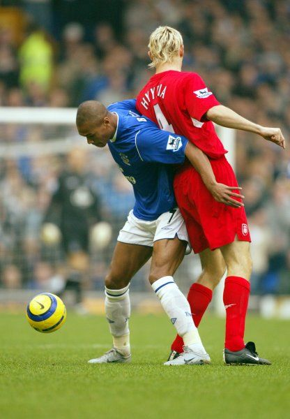 Marcus Bent shields the ball from Sami Hyypia
