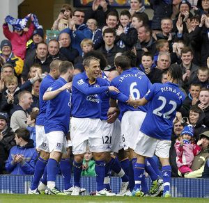 <b>09 April 2012 v Sunderland, Goodison Park</b><br>Selection of 35 items