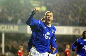 Duncan Ferguson celebrates his goal