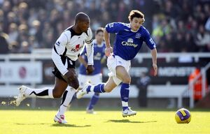 players staff/simon davies/fulham v everton 4 11 06 luis boa morte fulham