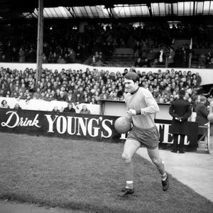 players staff/howard kendall/league division everton v leeds united goodison