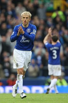 players staff/phil neville/soccer barclays premier league everton v liverpool