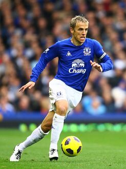players staff/phil neville/soccer barclays premier league everton v stoke