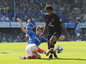 Soccer - Barclays Premier League - Portsmouth v Everton - Fratton Park